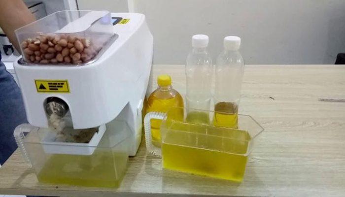 Máy ép dầu lạnh ứng dụng cho dầu dừa hoặc dầu gấc.